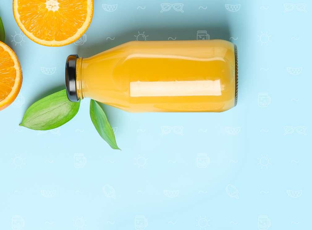 Изображение на бутилка, пълна със сок