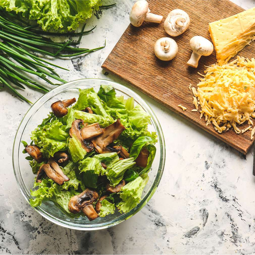 Salată de ciuperci | Rețetă de Chef Samuel