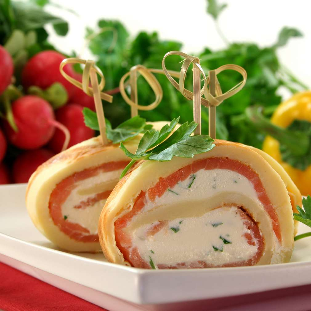 Imaginea rețetei Clătite cu somon și cremă de brânză