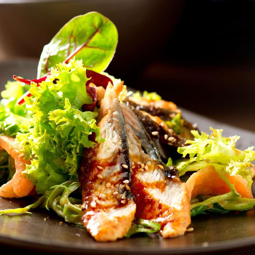Imaginea rețetei Salată cu somon