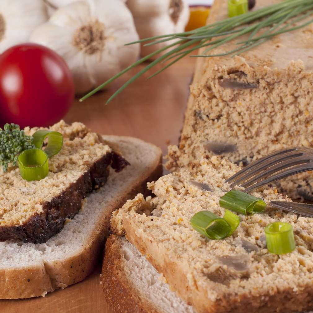 Imaginea rețetei Terină de pui cu ciuperci
