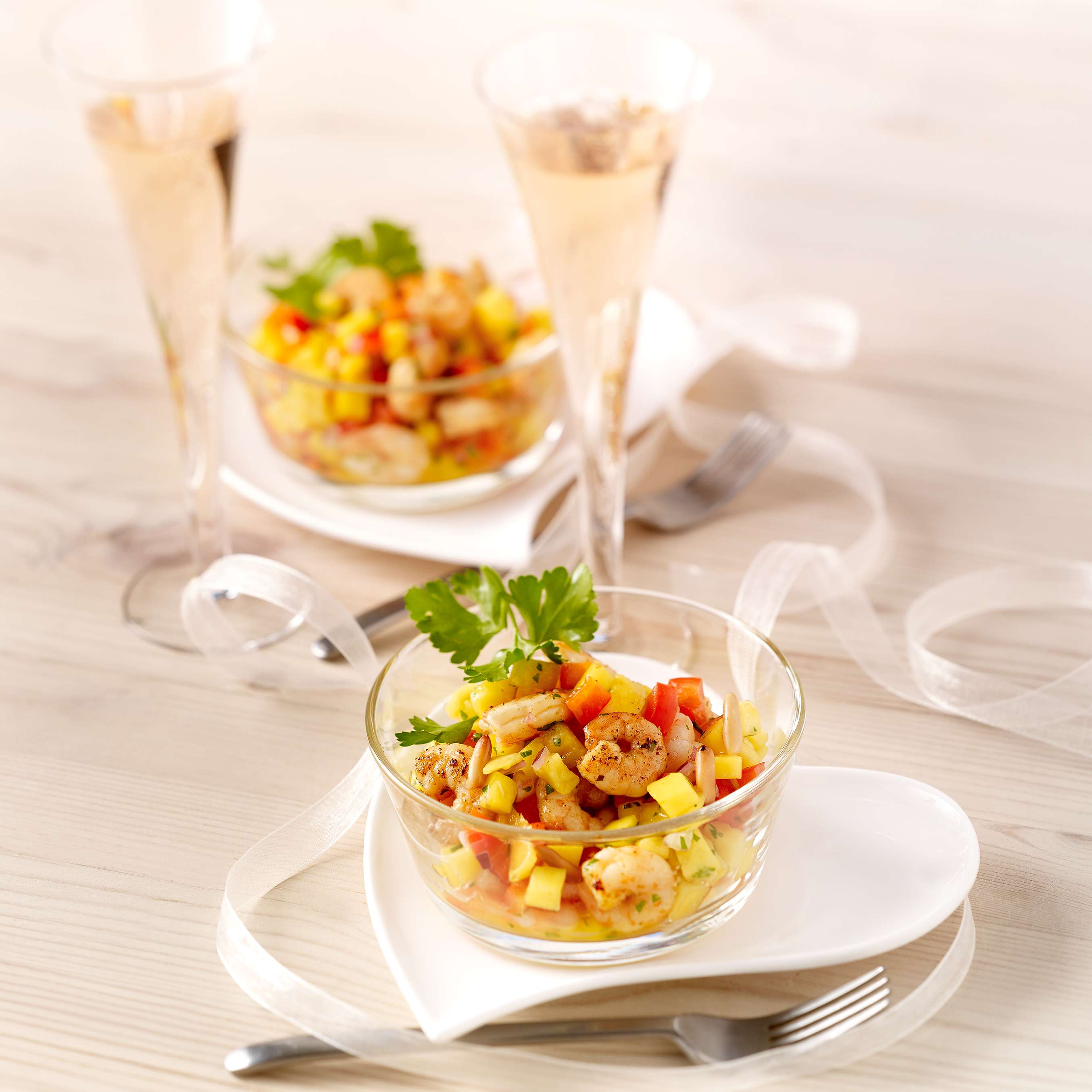 rezept f r mango salat mit shrimps kaufland. Black Bedroom Furniture Sets. Home Design Ideas