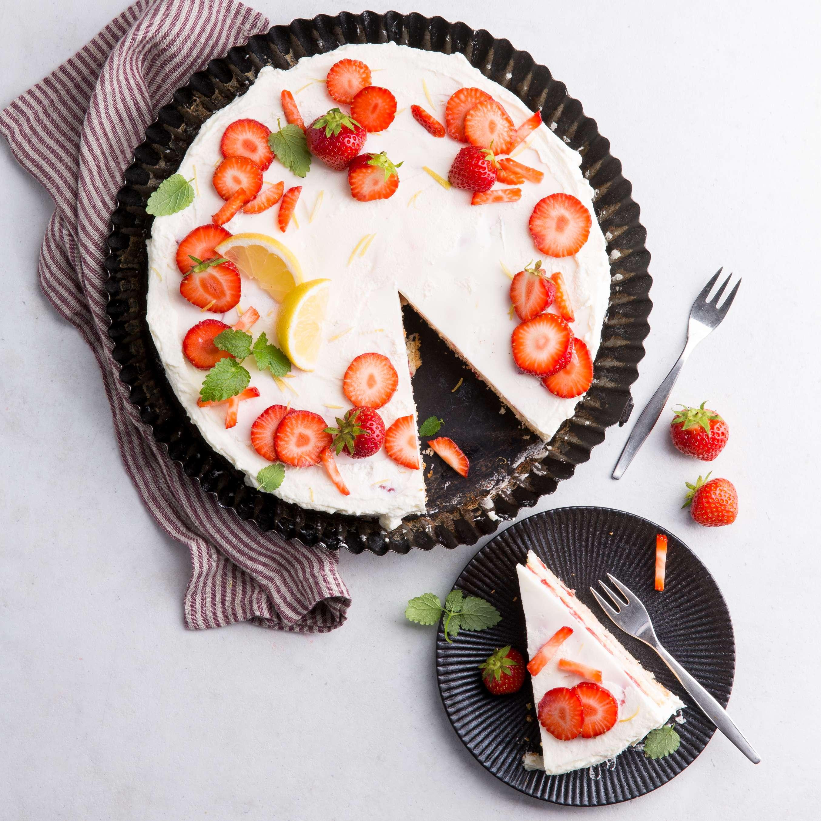 Rezept F 252 R Erdbeer Dickmilch Torte Kaufland