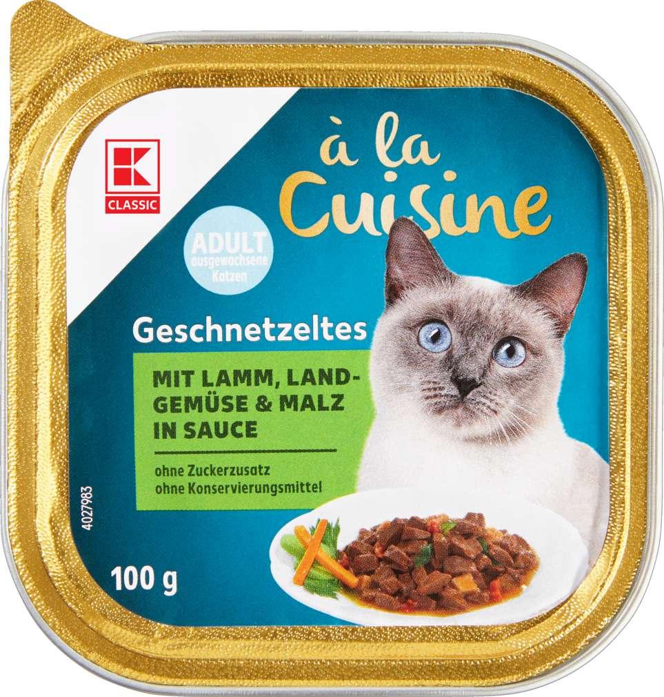 Abbildung des Sortimentsartikels K-Classic Geschnetzeltes mit Lamm, Land-Gemüse & Malz in Sauce 100g