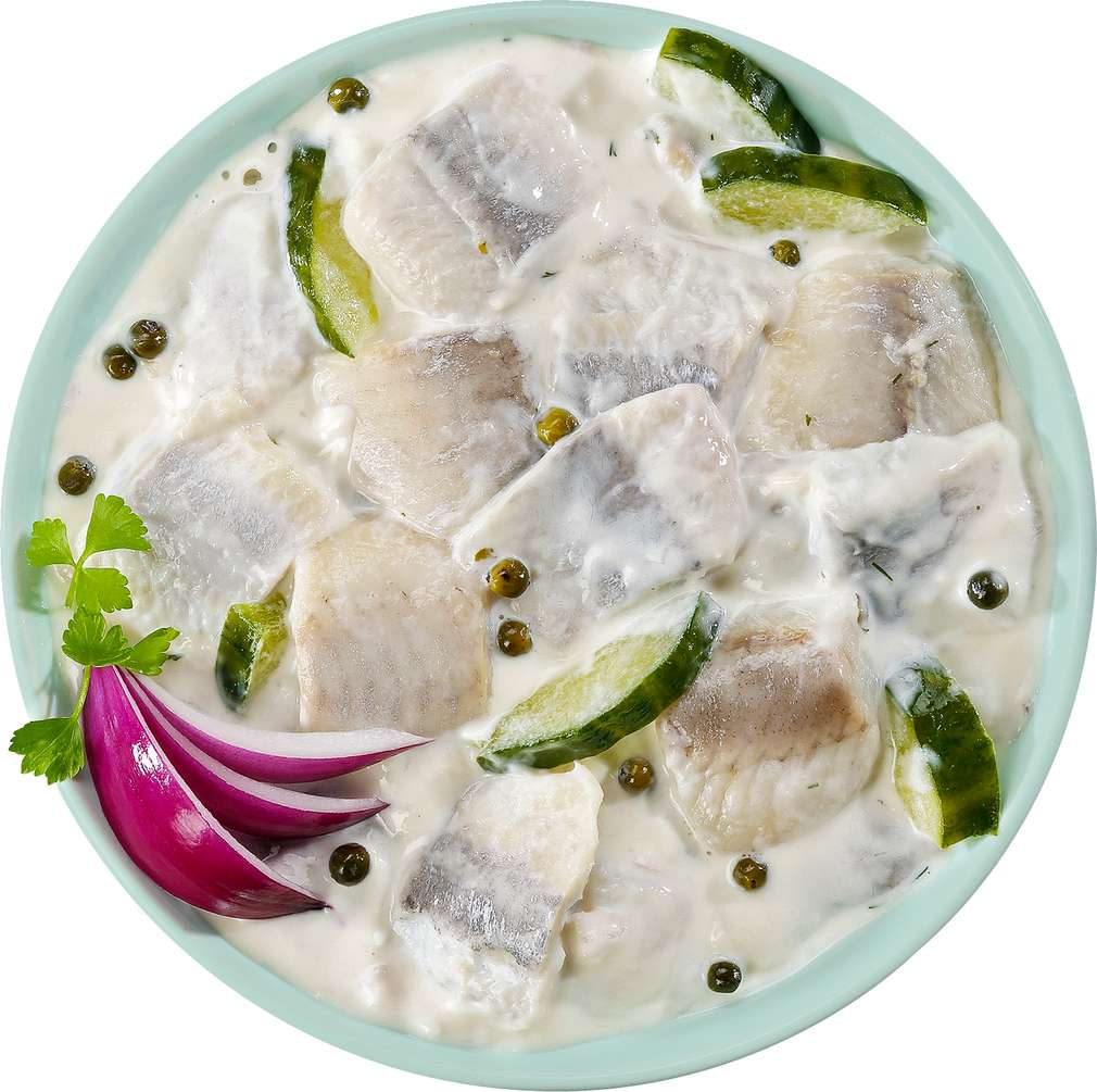 Abbildung des Sortimentsartikels Beeck Heringssalat mit frischer Salatgurke und grünem Pfeffer