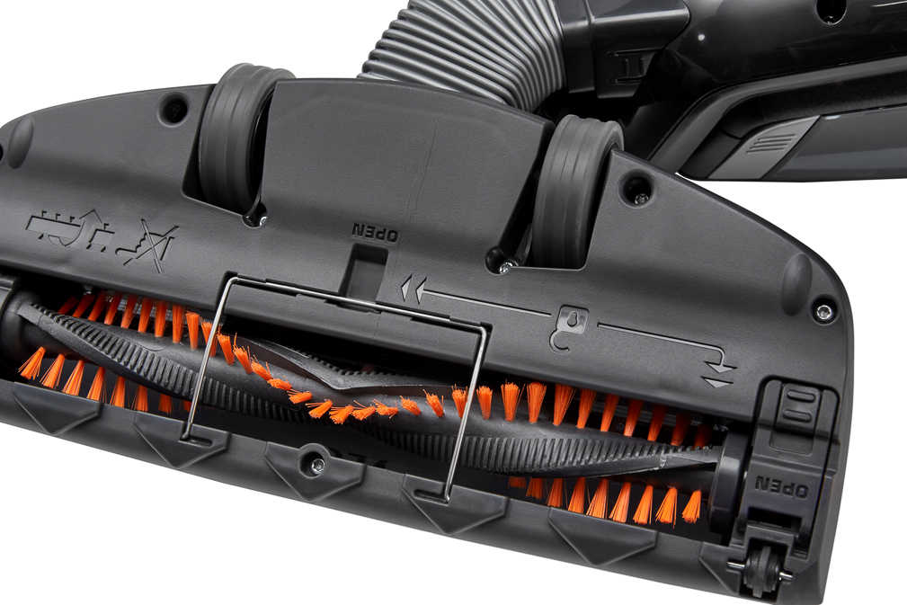 Abbildung des Angebots AEG 2-in-1-Akku-Staubsauger »CX7-21EB«